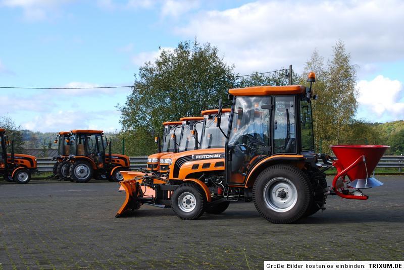 traktor schlepper foton europard ft254 mit schneeschild. Black Bedroom Furniture Sets. Home Design Ideas